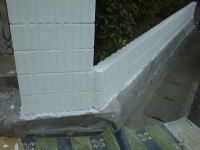 門柱・塀塗装工程3